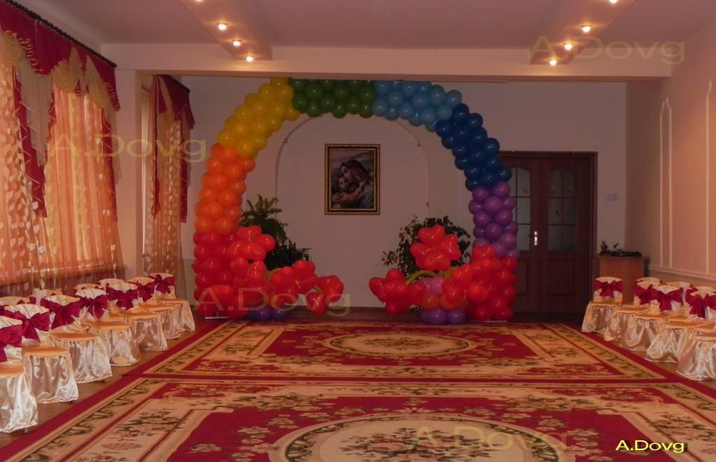 Декорації з повітряних кульок для урочистих подій